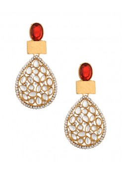 Dangler earrings with stones